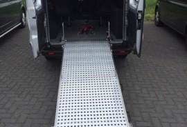 Renault Trafic omgebouwd naar rolstoelbus